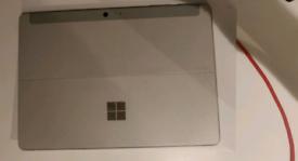 Microsoft Surface go 2 intel core M3 8gb 128gb
