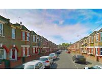 6 bedroom house in Eve Road, London, E15