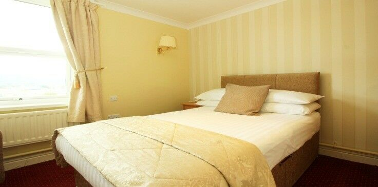 YOU WON'T BELIVE WHAT I HAVE FOR YOU! DOUBLE ROOM AVAILABLE TODAY IN SE25.CALL TODAY 07803558055