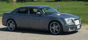 2006 Chrysler 300-Series Srt8 Sedan