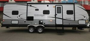 CALLING ALL SNOWBIRDS:  2016 CATALINA COACHMEN TRAVEL TRAILER