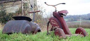 vieux tricycle rechercher