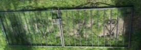 wrought iron driveway gates black