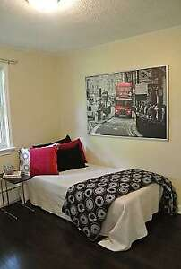 ROOM RENTAL (NOT BASEMENT) AVAILABLE FROM 1ST FEB SCARBOROUGH