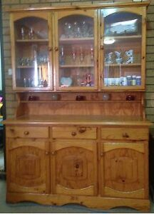 Buffet Hutch Colonial Style Gilmore Tuggeranong Preview