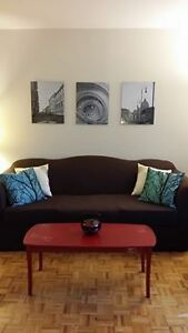 Comfy couch & brown sofa cover! $10 off,before Sat 12pm pick up!