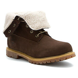 ISO womens timberland fold down boots