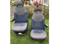 T5 captain seats