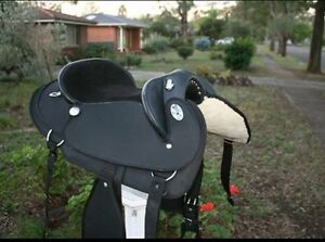 Saddle bridle and rugs Rosewood Ipswich City Preview