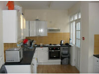 7 BEDROOM HOUSE, £351 PCM - St. Chads Rise, Headingley