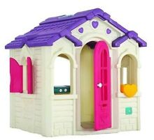 Cubby house; lerado lovely playhouse (step 2 little tikes) Chatswood Willoughby Area Preview