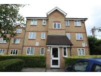 1 bedroom flat in Waddington Close, Enfield