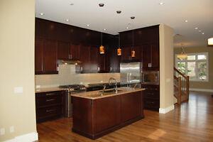 301 10 Ave NE - 3 Bedroom House for Rent