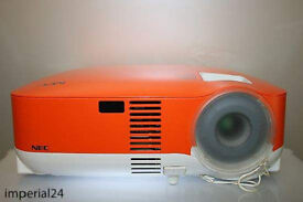 HD READYProjector, NEC VT58 , LAPTOP/CONSOLE/FILMS LARGE
