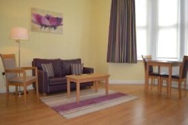 Rooms, 1 bed flats & 2 bed flats available ASAP for Contractors, NHS Staff, Airport Staff & Workers