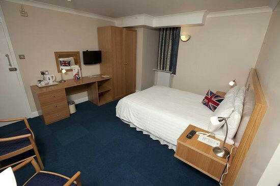 DOUBLE ROOM CANARY WHARF (1 OR 2 PERSONS) – 07895801435
