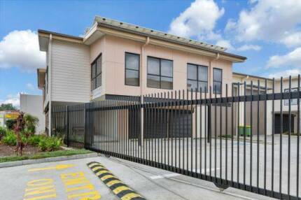 Office warehouse available in Browns Plains QLD, Location! Browns Plains Logan Area Preview