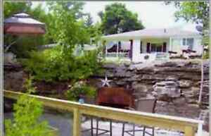 Fenelon Falls Getaway 4 Two Cottage/Hot Tub