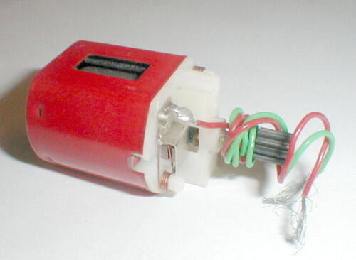 (1)  Monogram 36D Mabuchi Slot Car Motor Long Shaft Red  X-220 or X220S  NOS
