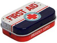 Geprägte Nostalgie Pillendose Pfefferminzdragees First Aid red DOPI63