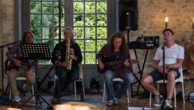 Professional Sax and Flute Teacher has availability for new students any age