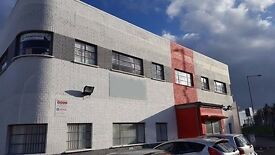 4200 sft Warehouse to rent in Slough -Additional Offices Available 750 sft -Parking Included. £3800