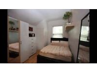 **WHITECHAPEL**BETHNAL GREEN! CHOOSE THE CITY AREA! ONLY 160£ ALL INCLUDED!