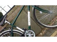 Men's Clifton hybrid retro look town/trail bike. Ideal christmas present