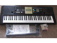 Yamaha PSR-E223/YPT-220 Digital Keyboard - good condition, perfect working order