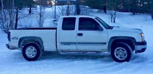 2007 Silverado classic. Manual 4x4  works, Ext.cab, 4.8l V8