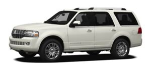 2010 Lincoln Navigator! LOW KMS! Fully loaded!