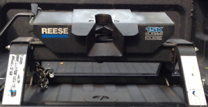 Reese 15K Fifth Wheel Hitch