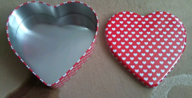 Heart shaped tin