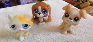 3 FIGURINES PET SHOP. FIGURINE HASBRO 2008