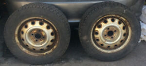 Pneus & Jantes  (195-60R-14)  SNOW Tires on Rims (4x)