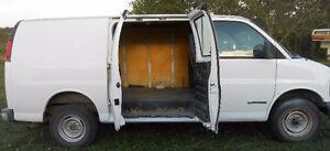 1999 Chevrolet Express 2500 3/4 ton van