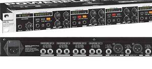 Control pour écouteur, amplifié, track indépendants