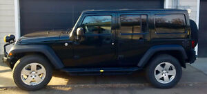 2012 Jeep Wrangler Unlimited Rubicon With Extended Warranty