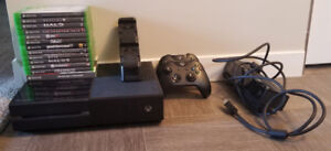 Xbox One 2 controllers/rechargeable batteries, 13 games, kinect