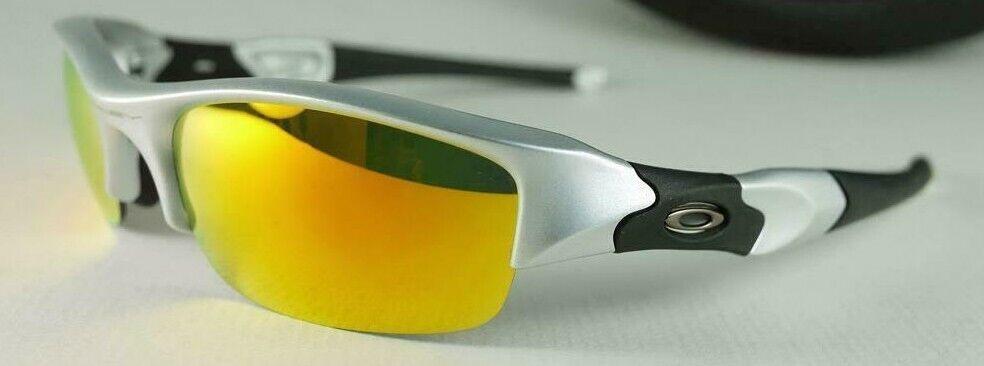 oakley-flak-jacket-sunglasses-03-884-silver-frame-w-fire-iridium-lens