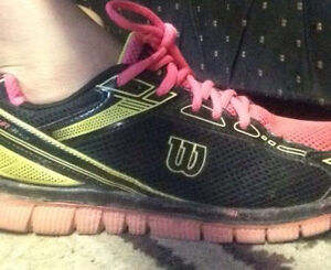 Girls Wilson Running Shoes size 5(Great for School)