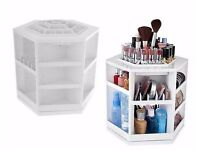 White spinning makeup organiser/display like new. Sells for £20-30 sold out on many websites