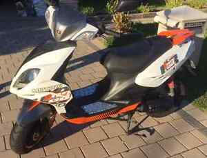 REDUCED FOR QUICK SALE - 50cc Scooter Tapping Wanneroo Area Preview