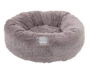 Fuzzyard dog beds x 2 - one almost new. Free puppy pads & wipes Beaconsfield Inner Sydney Preview