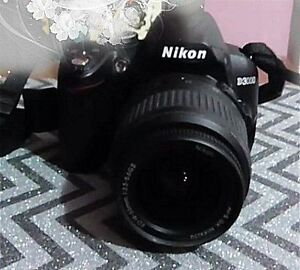 Nikon D3000 DSLR with *BRAND NEW CONDITION 55-300mm DX Lens