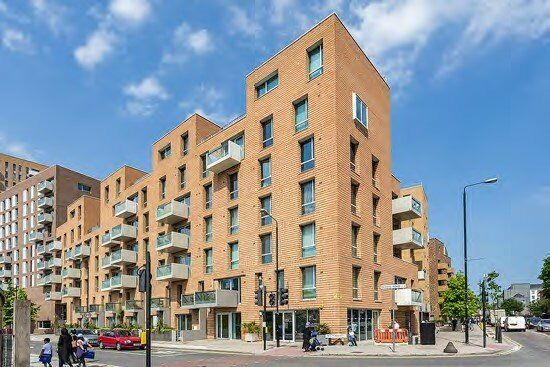 Well Presented Spacious Two Bedroom Flat , With A Private Balcony, Modern Throughout