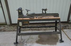 Beaver 3400 Wood Lathe for sale