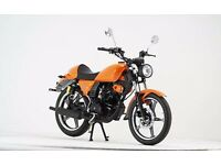 NEW Genata CR 125cc - Metallic Orange - Free Gift Worth £105 (Helmet, Cleaning Kit, Anti-Fog + More)