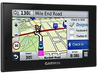 Garmin Nuvi 2589LM UK and EU Sat Nav plus Holder and Car Charger in Excellent Condition