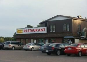 RESTAURANT - BUILDING - APARTMENT ALL IN ONE! INCOME OPPORTUNITY